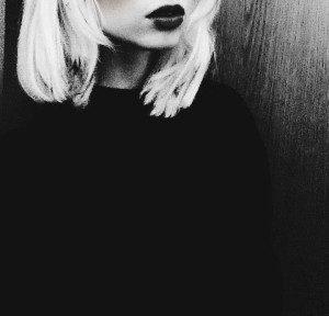 dark_lips_by_sinapearl-d84xvtg