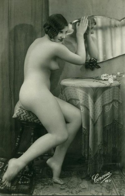 vintage sex appeal pale nude lady at vanity mirror